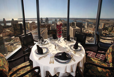 The University Club offers panoramic views of Downtown from the 34th floor of Symphony Towers