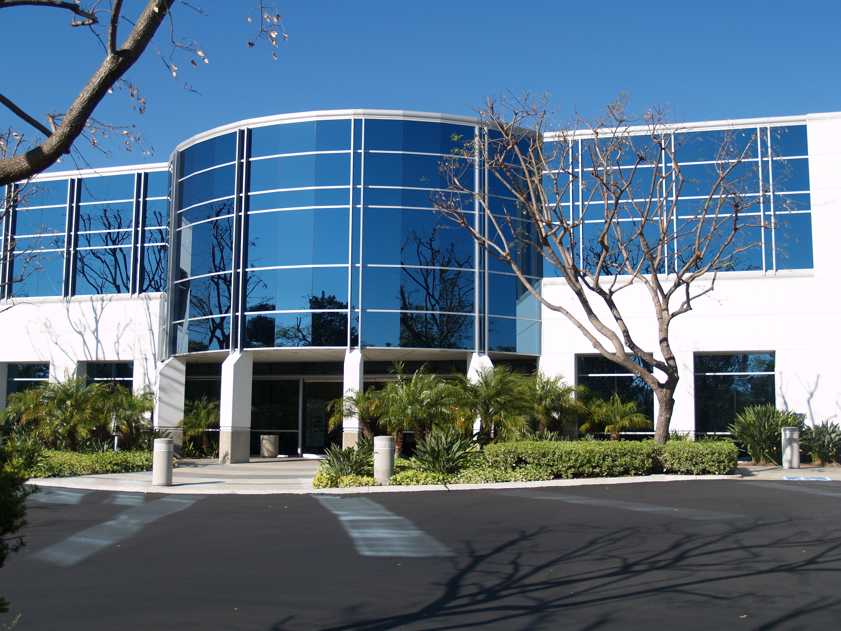 Corporate building pictures to pin on pinterest pinsdaddy for Office building exterior design