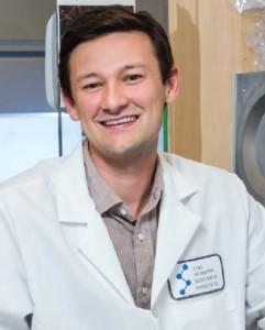 Dr. Andrés Bratt-Leal