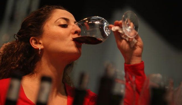Drinking red wine can keep us young, according to study.