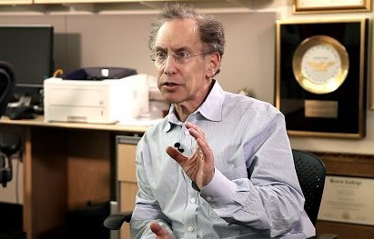 Kyoto Prize Laureate in advanced technology, Dr. Robert Samuel Langer