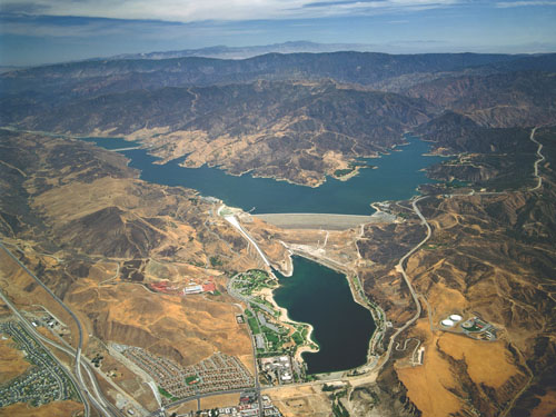 Lake Castaic  is one of the many resevoirs throughout the state experiencing low levels of water after a third 'dry' season. (California Department of Water Resources)