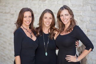 Creators of North County Deals: Jianna King, sister Jaysie McLinn and Jodie Gallen.