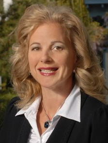 Marilyn Hannes will succeed John Reilly